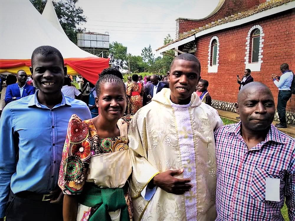 Tororo, Uganda: Ordination of Mark Owor mhm